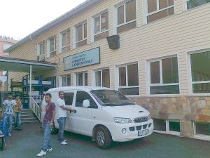 Cumhuriyet İlköğretim okulu boya badana